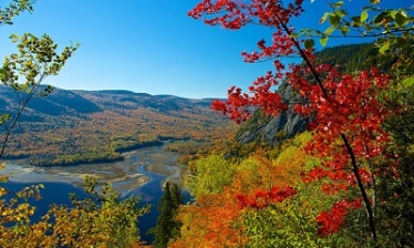 Quebec's Indian Summer in liberty